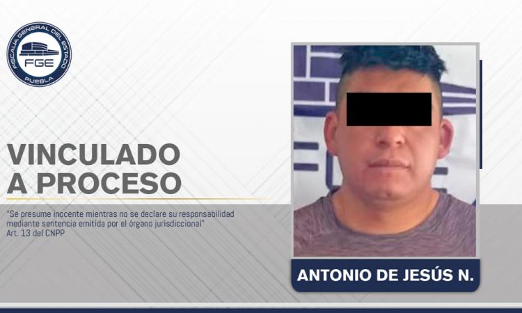 Vinculado a proceso presunto feminicida de Tecali de Herrera