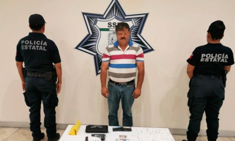 Detienen a expresidente municipal de Ahuazotepec