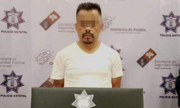Aseguran a portador de droga en Tehuacán