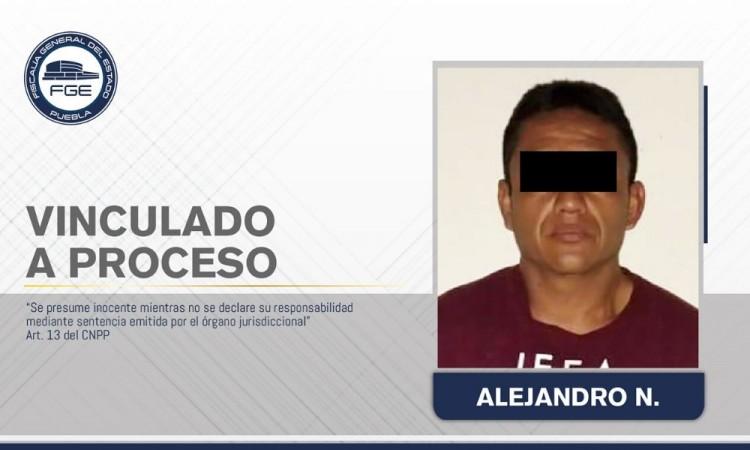 Envían a prisión a presunto feminicida en Tepeaca