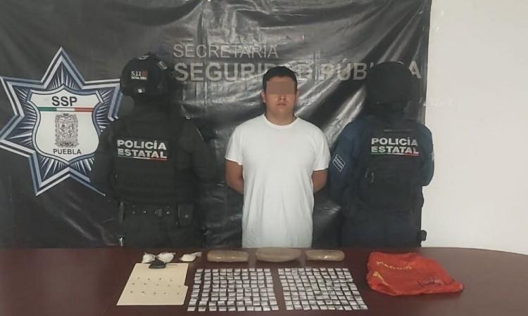 Detienen a presuntos narcovendedores de El Japo en Tehuacán