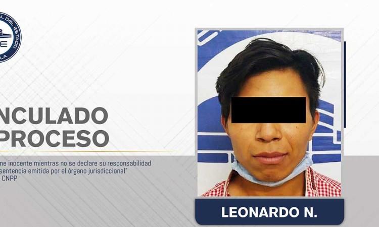Leonardo enfrenta cargos por homicidio por navajear a su víctima