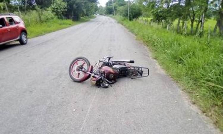 Motociclista muere al derrapar