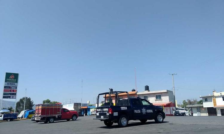 Comando roba camión cargado de arroz en la Puebla-Orizaba