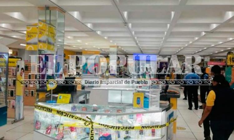 Intentan atracar Coppel de la 11 norte en Centro de Puebla