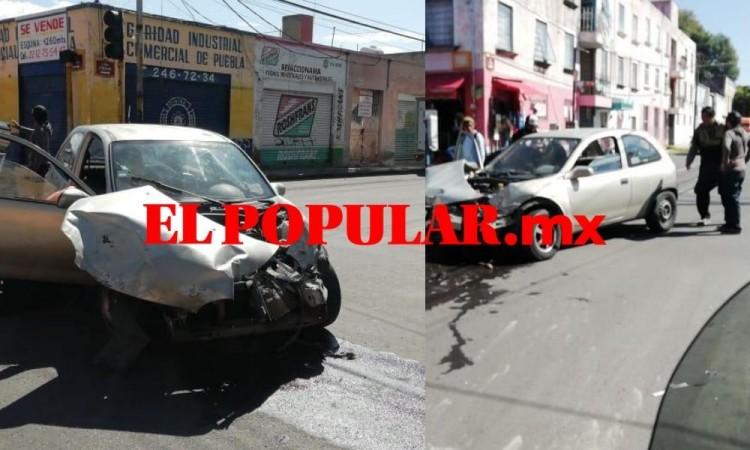 Choque de ruta y auto deja cuatro lesionados en la colonia San Matías