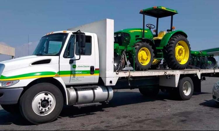 Delincuentes roban camión y tractor en Atlixco; al día siguiente solo recuperan un auto