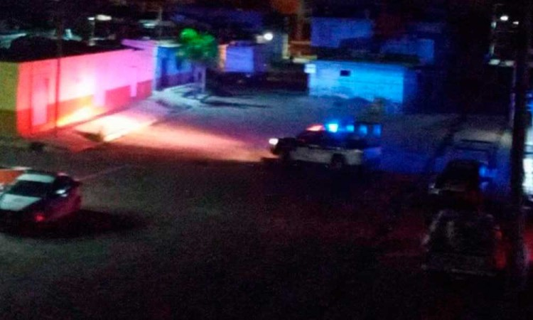 Registran fuerte balacera en calles de Atoyatempan