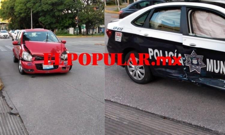 Choque de patrulla y auto particular