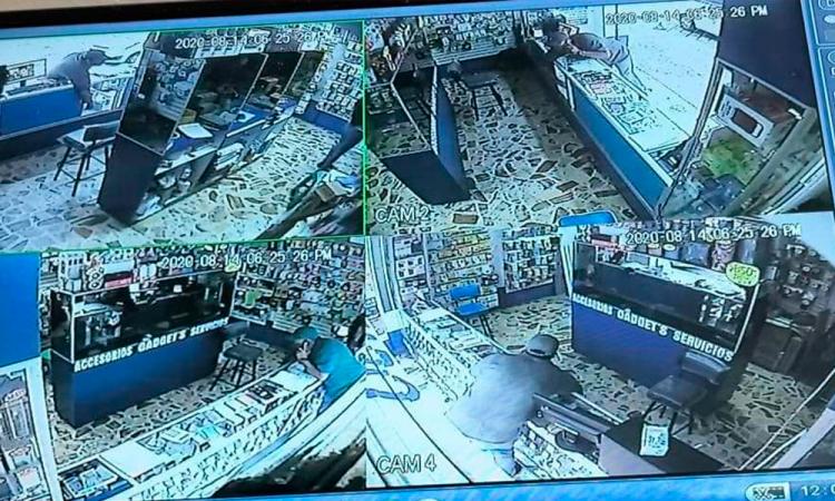 Sujeto roba celulares en tienda de Acatzingo