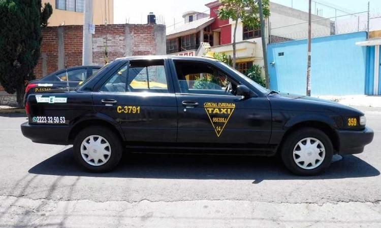 Asaltan a taxista y le roban vehículo en San Sebastián