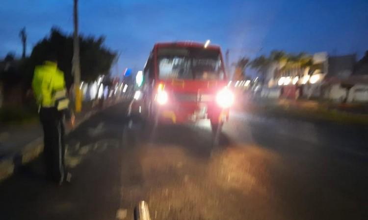 Con uniformes de una gasolinera asaltan pasajeros de autobús en Cuautlancingo