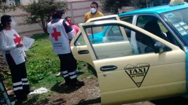 Muere pasajero de taxi en Huejotzingo, al parecer de Covid-19