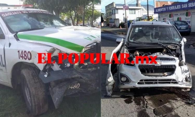Choque de patrulla estatal y auto deja heridos en San Pedro Cholula