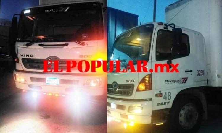 Escapa transportista de delincuentes que lo agredieron a balazos para robar su camión
