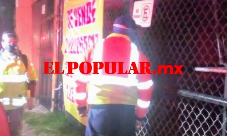 Trabajador muere al sufrir caída en el barrio de Santiago