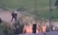 VIDEO: Presuntos policías golpean y detienen a un civil en Chignahuapan