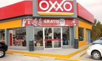 Tras persecución detienen a dos por asalto Oxxo en la colonia Vicente Guerrero de Puebla