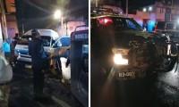 Choca patrulla y ruta por pasarse el semáforo en barrio El Tamborcito