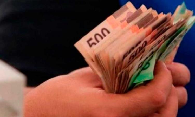 Retira 300 mil del banco pero luego lo interceptan en Cruz del Sur
