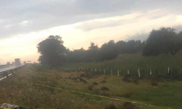 Hallan otro muerto a un costado de la Puebla-Córdoba