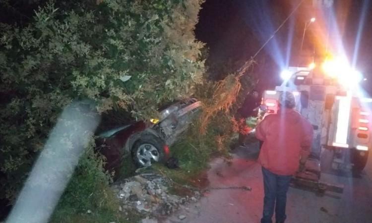 Automovilista ebrio cae a barranca en San Sebastián de Aparicio