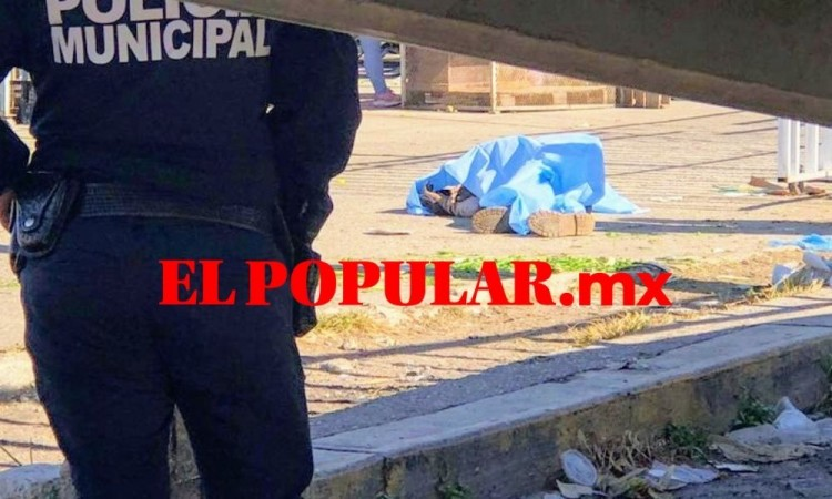 Muere adulto mayor alcohólico fallece en la Central de Abasto