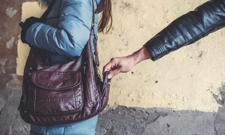 Dos baleados en intentos de asalto en un día en Puebla