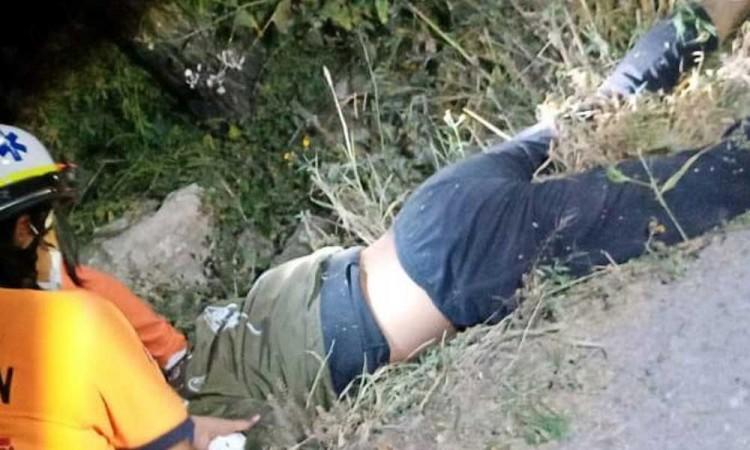 Muere motociclista por derrape en Tlacotepec de Benito Juárez