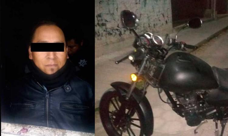 Sobrino de regidor en Altepexi manejaba moto robada