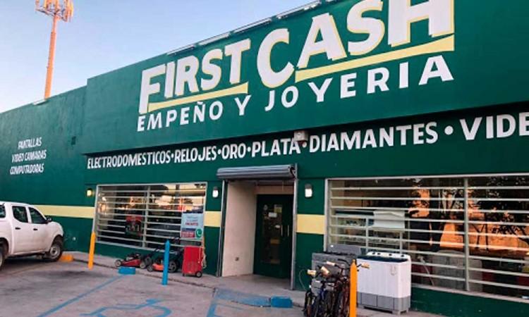 Comando saquea First Cash de Bosques de San Sebastián