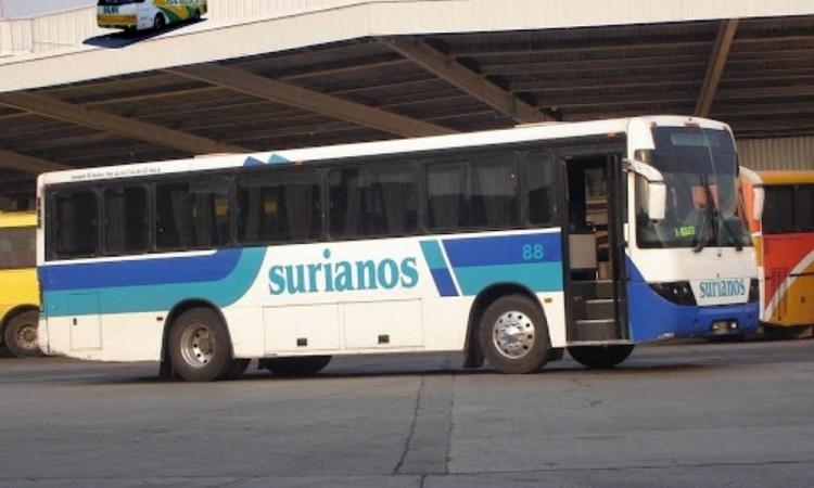 Asalto a usuarios de transporte público de la línea Surianos