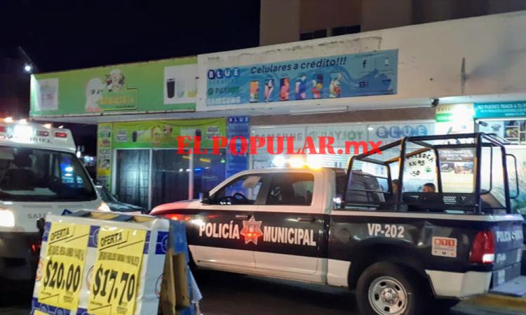 Balean a trabajador en intento de asalto a tienda de telefonía celular