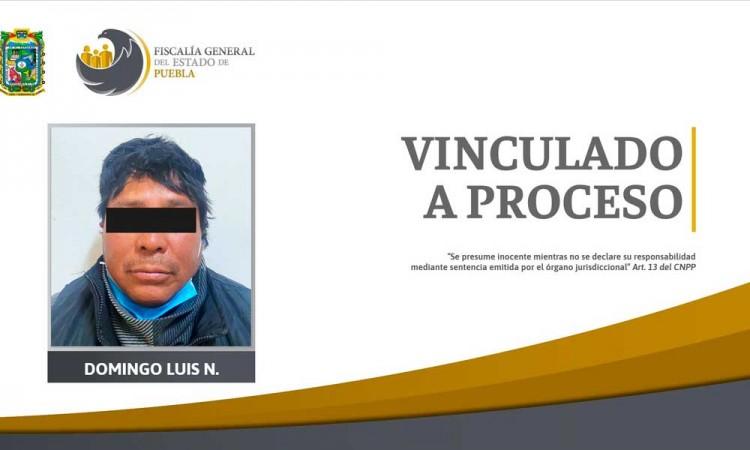 Vinculan a sujeto por violar a su hijastra de 13 años en Puebla