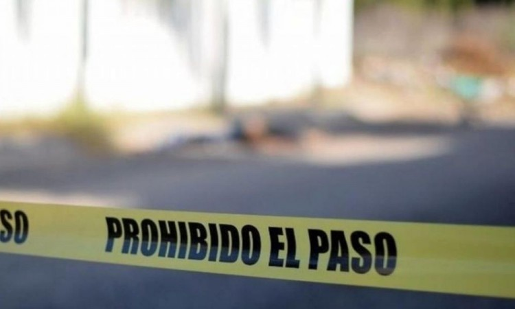 Ejecutan a hombre en Santiago Acatlán, se presume ajuste de cuentas entre narcovendedores