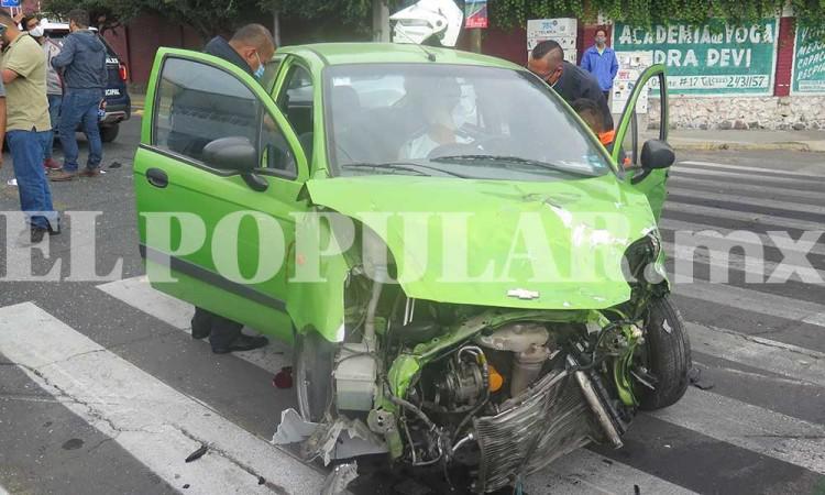 Puebla vive viernes de accidentes viales en toda la ciudad