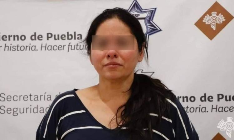 """Detienen a mujer relacionada con banda de los """"Angelinos 13"""""""