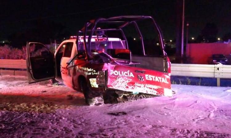 Camioneta choca con patrulla y taxi en autopista Puebla-Córdoba