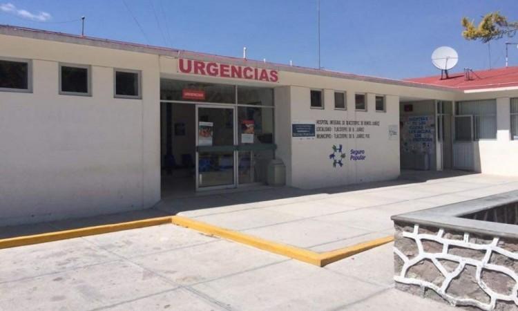Fue trasladado con vida al hospital regional de Tlacotepec de Benito Juárez.