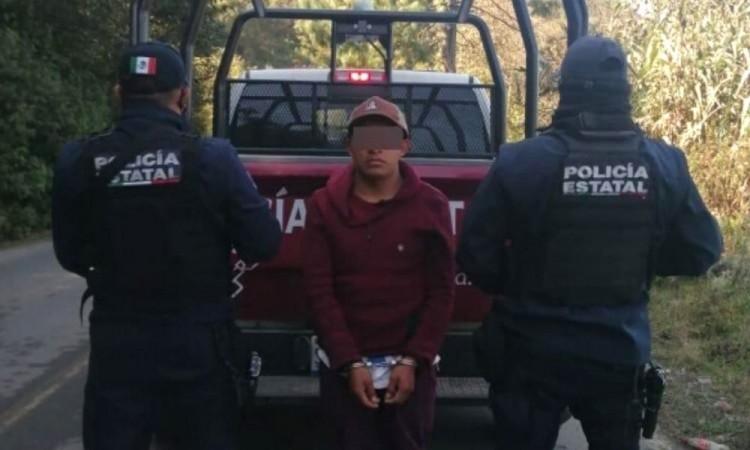 """Trató de evadir el dispositivo de revisión instalado por los agentes en el paraje """"El Zorrillo""""."""