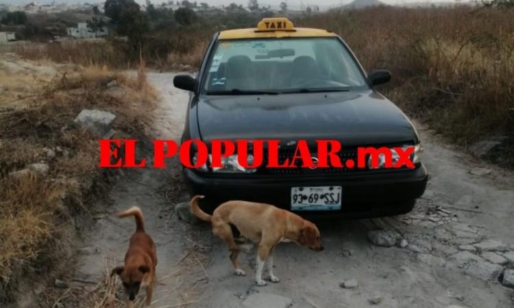 Asaltan a taxista, le roban unidad y la desvalijan en la colonia Santa Lucía al sur de la ciudad de Puebla