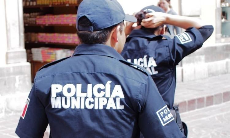 Los policías estatales se hicieron cargo del delincuente.