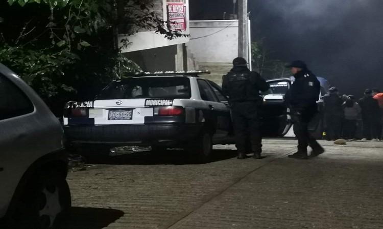 Tras enfrentamiento, mueren policía y un civil en Xicotepec