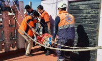 Mujer mayor se lesiona tras caída en Prados Agua Azul