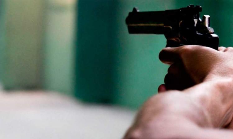 Policía de Huejotzingo termina baleado por borrachos; le quitaron su arma
