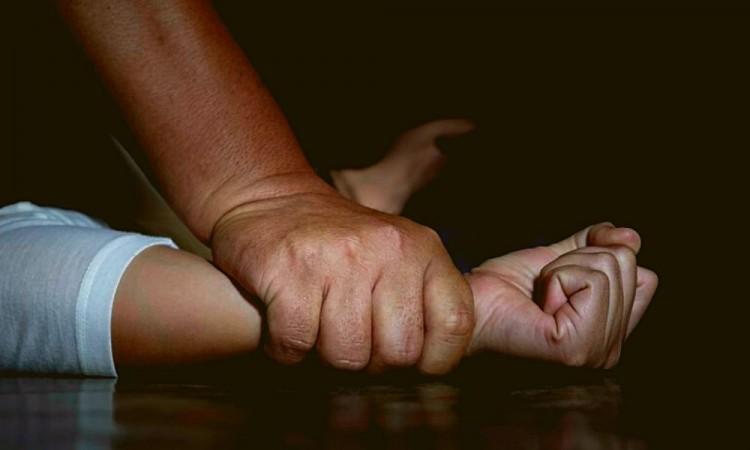 Vinculan a 2 sujetos por el delito de violación, uno en Atlixco y otro en Hueyapan