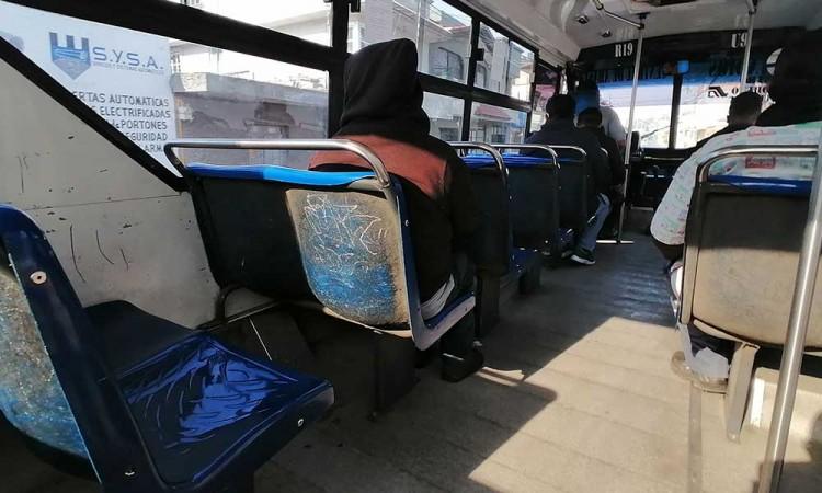 Asaltan a conductor y pasajeros de ruta en la colonia Casa Blanca