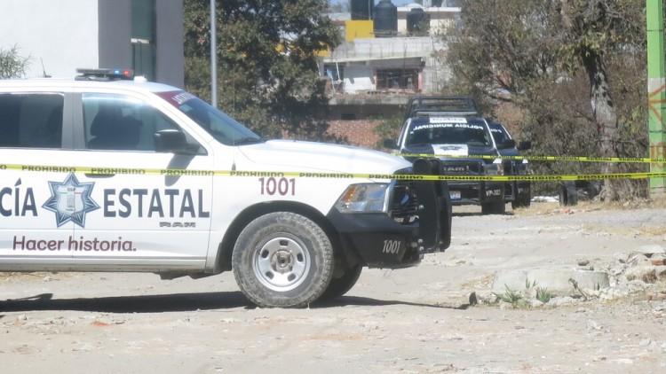 Hallan cadáver desollado junto a barranca entre Puebla y Amozoc