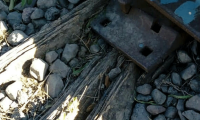 Cacos roban clavos de la vía del tren de Tehuacán para provocar un descarrilamiento