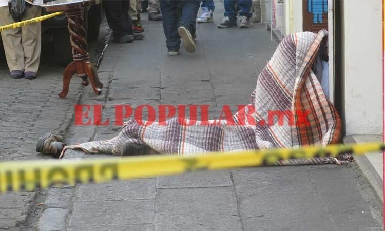 Hombre en situación de calle muere en el Centro Histórico de Puebla